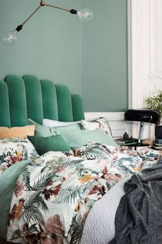 Check this out! Double duvet cover set with a printed pattern. Duvet cover fastens at foot end with concealed snap fasteners. Two pillowcases. Thread count 144. - Visit hm.com to see more.