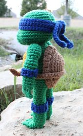 Ravelry: Teenage Mutant Ninja Turtle pattern by Nichole's Nerdy Knots - Free Pattern