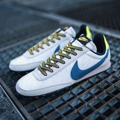 Nike Waffle Racer Herren-/ Frauenschuh grau / blau
