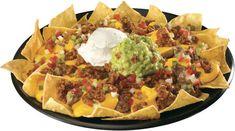 Diferencia entre Tacos, Quesadillas, Enchiladas, Fajitas, Nachos y Burritos Nachos Mexicanos, Beef Nachos, Tapas, I Love Food, Good Food, Yummy Food, Mexican Food Recipes, Snack Recipes, Cooking Recipes