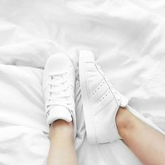 Tysm guys :)) - Adidas White Sneakers - Latest and fashionable shoes - 600 ! Adidas Superstar Todo Branco, Adidas Superstar All White, White Sneakers, Shoes Sneakers, Sneakers Style, Sneakers Fashion, Fashion Shoes, Adidas Fashion, Latex Fashion