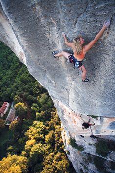 Pilier des Fourmis (7a/5.11d) - Melissa Love climber Photo by Jim Thornburg