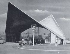 Markham Moor Services, Nottinghamshire (before it was a Little Chef) (not my photo!) by Ned Trifle, via Flickr
