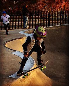 Somaya 7 years old. 1 of three female skaters at #ScalziPark. #fearless #dedicated #DadsDaughter @olympics #futurechamp #executiveFUNction #skateboardlife #skateboarding #StamfordCt #droppingin #girlpower