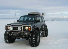 Nissan Patrol Safari VS 4x4