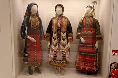Costumes Benaki Museum 2011 rs