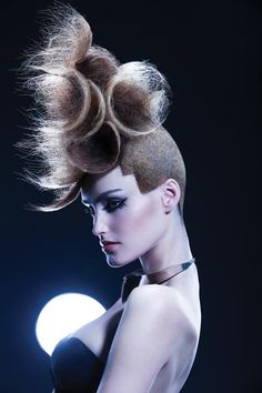 http://professional.estetica.it Hair: Christophe Gaillet, ambassador L'Oréal Professionnel Photo: Remi Kozdra & Kasia Baczulis Make up: Marcin Szczepaniak Stylist: Kamila Picz Executive Producer: Mariusz Krysa