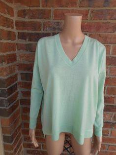 J.CREW Oversize Boyfriend Sweater Size XS Women 100% Merino Wool 36031 V Neck #JCrew #VNeck #Work