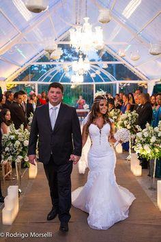Tulle - Acessórios para noivas e festa. Arranjos, Casquetes, Tiara | ♥ Adriana Rios