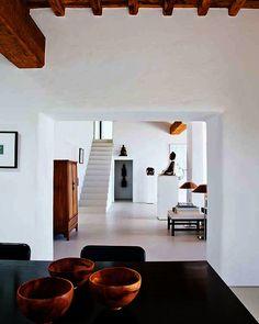 Una casa con elegante estilo ibicenco