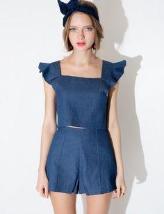 Cute high waisted cotton denim shorts with hidden side zipper. Fully lined. *Cotton elastane blend*Length 13