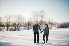What to wear for a winter maternity photo shoot.  Dress warmly!