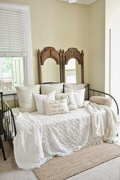 NC Rental – Daybed Room First Look Daybed guest room. Mirrors behind bed as wall accents. Great for a rental because you don't have to hang on the wall! My New Room, My Room, Daybed Room, Daybed Bedding, Murphy Bed Ikea, Guest Room Office, Guest Bedrooms, Cottage Bedrooms, Extra Bedroom