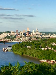 Cincinnati Skyline from Mt Echo Park