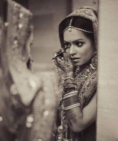 The last touch up !! #bride #Makeup #Weddingplz #Wedding #Bride #Groom #love #Fashion #IndianWedding  #Beautiful #Style