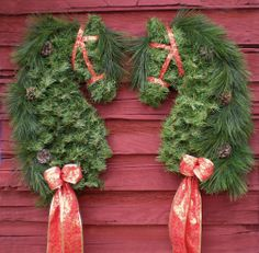 2015 Christmas Special Artificial Pine Horse Head by MysticMare Christmas Swags, Christmas Door, Outdoor Christmas, Christmas Holidays, Christmas Crafts, Christmas Decorations, Christmas Ornaments, Holiday Decor, Christmas Ideas