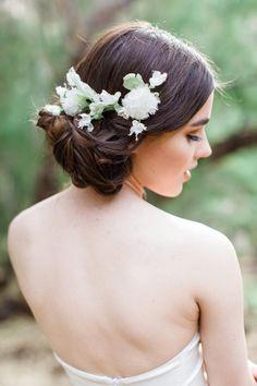Drop-Dead Gorgeous Wedding Hairstyles - MODwedding