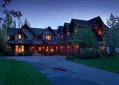 Shoshone Lodge | Jackson Hole Luxury Lodging Rentals - Property Details