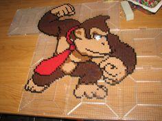 Donkey Kong perler beads by ndbigdi on deviantART