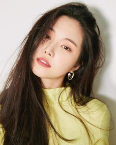 seven springs of apink ♡: Photo South Korean Girls, Korean Girl Groups, Son Na Eun, Apink Naeun, Pink Panda, Female Character Inspiration, Korean Actors, Kpop Girls, My Idol