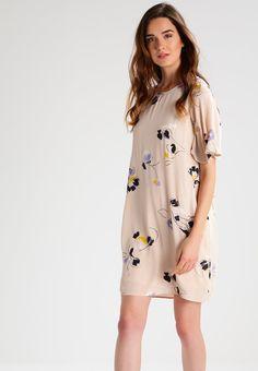 Vero Moda Tall VMKARMA - Robe d'été - moonbeam - ZALANDO.BE