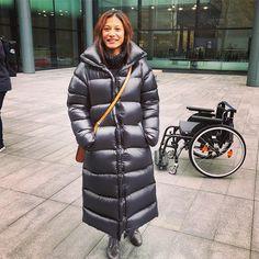 Coats For Women, Jackets For Women, Weekend In London, Langer Mantel, Down Coat, Rain Wear, Bengal, Jacket Style, Puffer Jackets