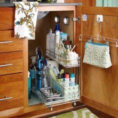 Beautifully Organized: Bathroom Cabinets | Apartment Therapy
