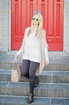 Grays & Beiges. Neutral maternity style