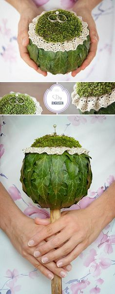 DIY: A ring pillow in vintage nature style- DIY: Ein Ringkissen im Vintage-Natur-Style The wedding rings presented differently – a nice idea for the how cute is that? perfect for a rustic wedding - Deco Floral, Arte Floral, Floral Design, Wedding Beauty, Diy Wedding, Rustic Wedding, Wedding Rings, Wedding Bouquets, Wedding Flowers