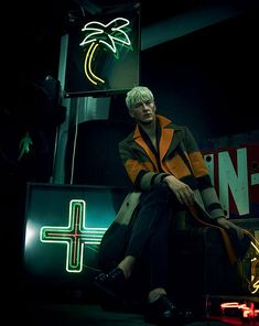 London-based periodical, The Financial Times , taps Thomas Cooksey to shoot platinum-haired model Benjamin Jarvis for a neon-lights heavy . Studio Portrait Photography, Dark Photography, Artistic Photography, Editorial Photography, Fashion Photography, Timeless Photography, Ivan Bubalo, Neon Noir, Tomorrow Is Another Day