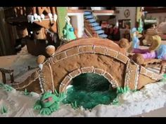 ▶ How to make a Gingerbread House - YouTube