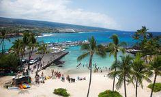 A driving tour of the Big Island's Kona Coast from Kailua Kona to Pu& o Honaunau National Historical Park. Kona Island, Big Island Hawaii, Kona Hawaii, Kailua Kona, Hawaii Hotels, Beach Hotels, Hawaii Honeymoon, Hawaii Travel, Hawaii Vacation