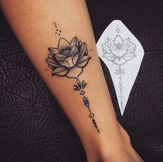 tattoo lotus flower, tattoo on ankle woman, lotus flower open on white - Tattoos - Tatuajes Unalome Tattoo, Lotusblume Tattoo, Ankle Tattoo, Tattoo Quotes, Little Tattoos, Mini Tattoos, Small Tattoos, Cool Tattoos, Tatoos