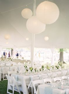 All white tent. Photography By / http://gabeaceves.com