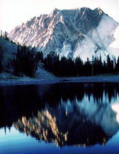 "Castle Peak by Rob Jones   ""Wilderness Vagabond"""