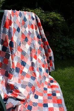 Diary of a Quilter - a quilt blog: vintage red, white, and blue
