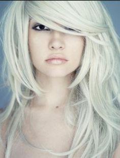 Brass-free platinum blonde hair. Love.