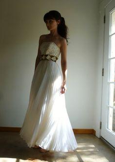 Vintage 1960s Strapless Maxi Dress White Ivory Sequin Accordion Pleat Goddess Wedding Dress XS