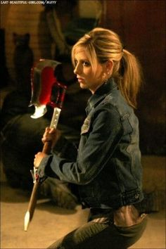 Buffy and her crossbow hunting the master | Buffy The