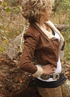 Search results for: 'shearling bomber jacket' - Junk GYpSy co. Short Permed Hair, Short Curly Bob, Permed Hairstyles, Cute Hairstyles, Curly Inverted Bob, Gypsy Hair, Brown Jacket, Curly Girl, Gypsy Style