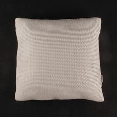 cuiora knitted paper cushion