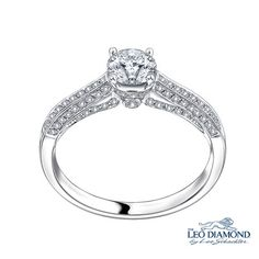 18K/750 WHITE COLOR GOLD DIAMOND RING *Cool Shops here: http://dubli.com/T0US19D6X *Maximize your Cash Back at Mabelle,  Exclusive Discounts & Global Free Shipping