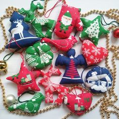 Fabric Christmas Ornaments, Christmas Deer, First Christmas Ornament, Christmas Gifts, Xmas Tree, Angel Heart, Star Wars, Notebook Covers, Make It Yourself