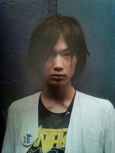 綾野剛 GoAyano   So young! early 20s…? probably before  he becomes an actor.