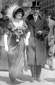 Found photo street style fashion vintage 10s Edwardian women men dress suit top hat coat can shoes gloves 1910s Pre WWI vestatilleys:  5th Ave. - Easter 1911.