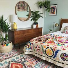 11 Stunning Bohemian Interior Design Bedroom That Easy To Do is part of Boho bedroom design - 11 stunning bohemian interior design bedroom that easy to do and can bring more cheerful room ambience for a better sleeping Bohemian Interior Design, Bohemian Bedroom Decor, Mexican Bedroom Decor, Ethnic Bedroom, Decor Room, Boho Bed Room, Bohemian Beach Decor, Floral Bedroom Decor, Bohemian Comforter