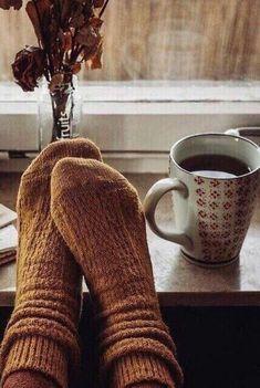 Cozy Aesthetic, Autumn Aesthetic, Photo Pour Instagram, Instagram Story, Look 80s, Pause Café, Autumn Cozy, Happy Autumn, Cosy Winter