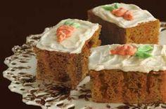Un rico panqué con un delicioso sabor y muy nutritivo a zanahoria. Prueba este delicioso pastel es muy fácil de hacer además de estar delicioso.<br /><br/> <em class=come>COME BIEN</em>