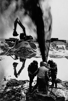 Sebastio Salgado, Oilfield, Grand Burhan, Kuwait, 1991.. awesome pic!