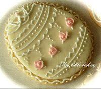 Easter cookies by Nadia Cute Cookies, Easter Cookies, Easter Treats, Cupcake Cookies, Sugar Cookies, Christmas Cookies, Cupcakes, Cookie Bakery, Biscuit Cookies